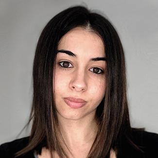 Cristina Ghiraldelli. Graphic Designer
